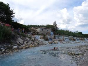 Le-Cascate-del-Mulino-07
